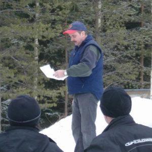 Mr skoterpizza, Sven Fastevik drar de rätta svaren på tipsrundan.